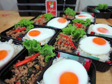 อาหารกล่อง-ผัดกระเพราหมูสับ-ไข่ดาว